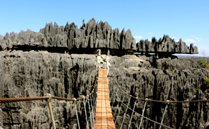 Tsiribihina river tour low cost